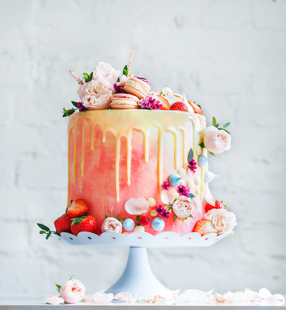 Wedding Cake Trends Marble Dripping And Watercolour